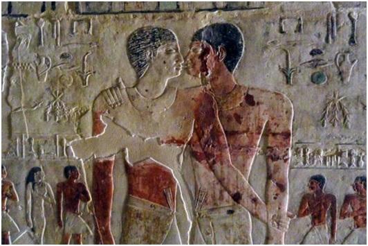 El primer petó entre homes documentat, fa 4.000 anys. El protagonitzen Niankhkhnum i Khnumhotep.
