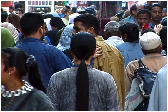 Kimsooja. A-Needle-Woman-Cairo, 2001.